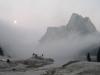 Le lac dans le brouillard
